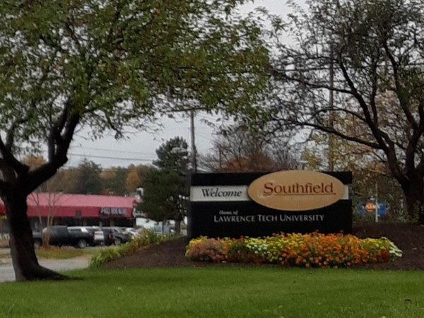Welcome to Southfield sign